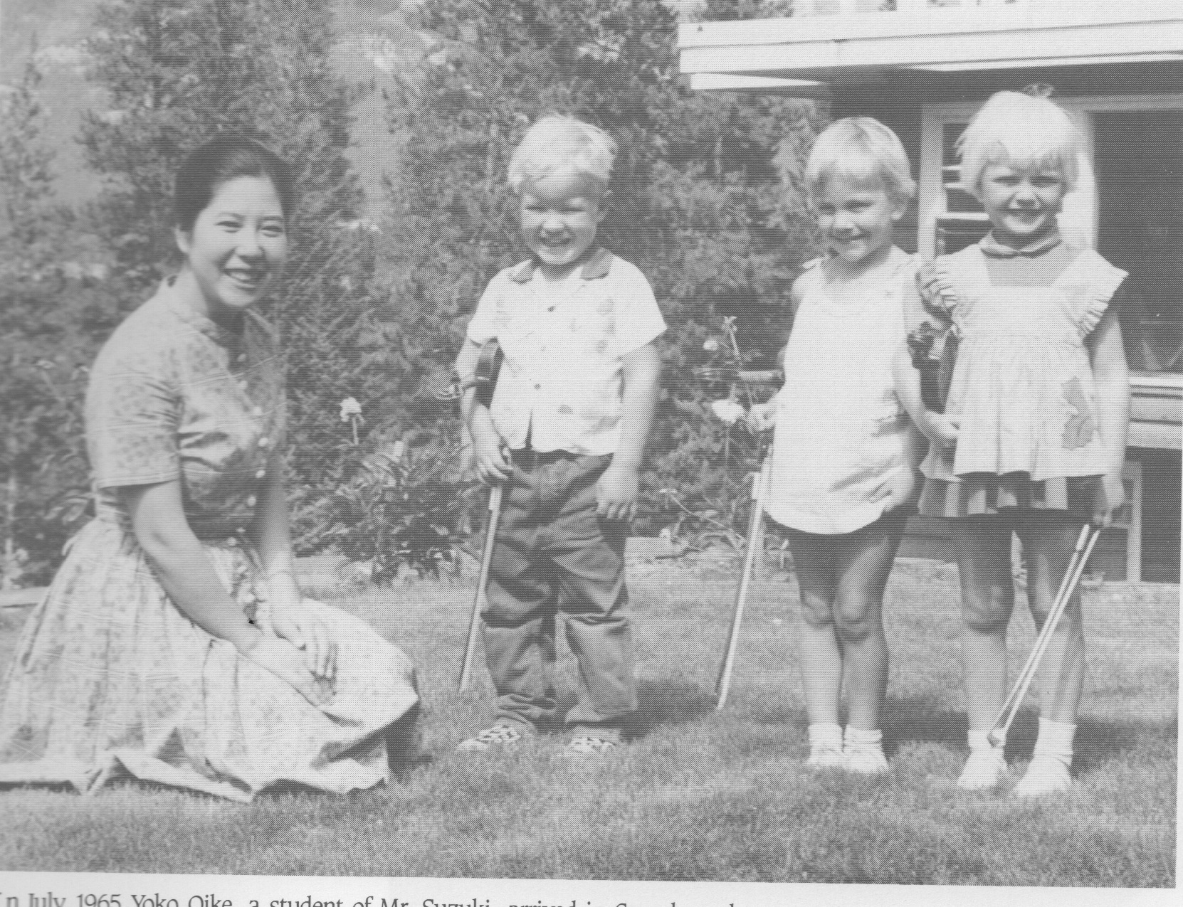 In July1965 Yoko Oike, a student of Dr. Suzuki, arrived in Canada and launched the Edmonton program with two one-week sessions at the Banff School of Fine Arts. Twenty-six children and their mothers attended.